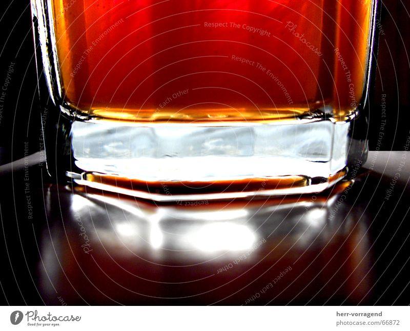 Mezzo Light - Cola + Orange + Licht rot kalt Glas Getränk lecker Erfrischung Cola