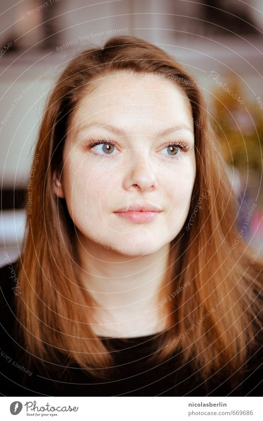MP88 - Forgive & Forget schön Haare & Frisuren Gesicht feminin Junge Frau Jugendliche Erwachsene Leben 1 Mensch 18-30 Jahre rothaarig langhaarig beobachten