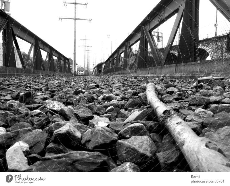 Stillgelegtes Eisenbahnviadukt Industriefotografie Bodenbelag Stein Viadukt