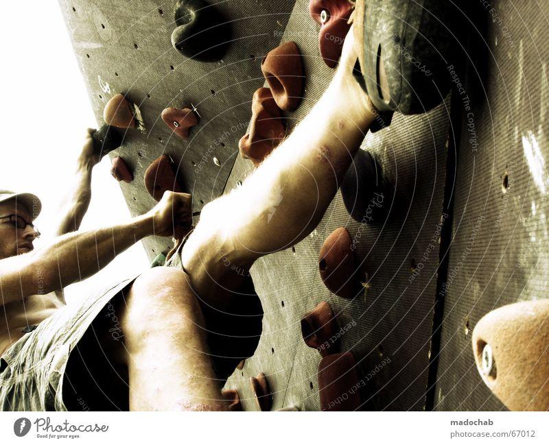 KLETTER DIR EINEN | sport sports gesundheit outdoor klettern Mensch Himmel Mann blau Wolken Berge u. Gebirge Leben Bewegung Sport Gesundheit Freiheit fliegen oben Wetter Freizeit & Hobby Kraft