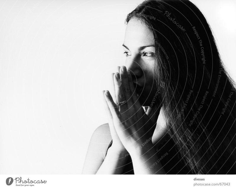 Si Diós quiere... Wunsch träumen Hoffnung Zärtlichkeiten Küssen Frau Hand Gedanke geheimnisvoll Gewissheit Haare & Frisuren Haut