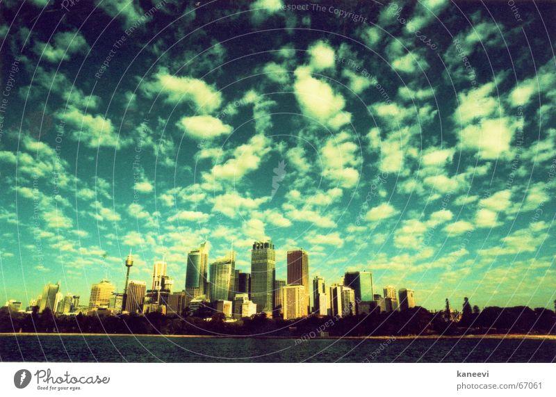 sydney clouds Sydney Himmel Stadt Ferien & Urlaub & Reisen Hochhaus sky Skyline towers
