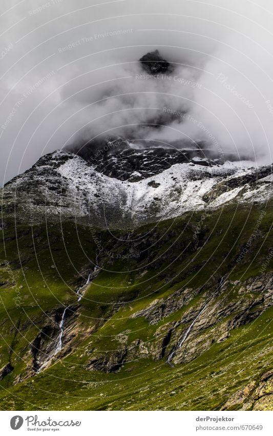 Der Berg ruft 04 – man sieht ihn nur nicht Natur Ferien & Urlaub & Reisen Pflanze Sommer Landschaft Ferne Berge u. Gebirge Umwelt Gefühle Gras Schnee Freiheit