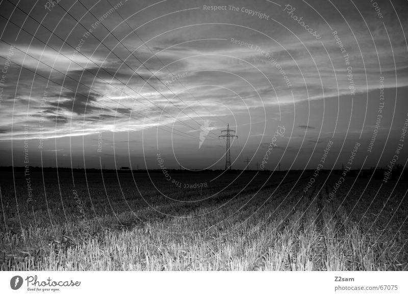 away in the nothing Himmel Wolken Ferne dunkel Landschaft Linie Feld Perspektive Elektrizität Landwirtschaft Strommast