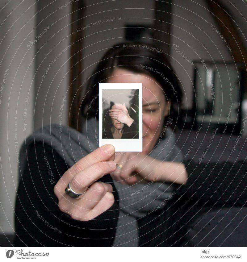 beeing me IV | 1500 Mensch Frau Hand Gesicht Erwachsene Leben Gefühle Stil außergewöhnlich Freizeit & Hobby Lifestyle einzigartig zeigen Scham Selbstportrait 30-45 Jahre