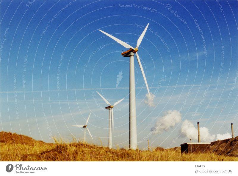 in den holländischen Bergen Strand Fabrik Industrie Energiewirtschaft Technik & Technologie Fortschritt Zukunft Erneuerbare Energie Windkraftanlage Umwelt Natur