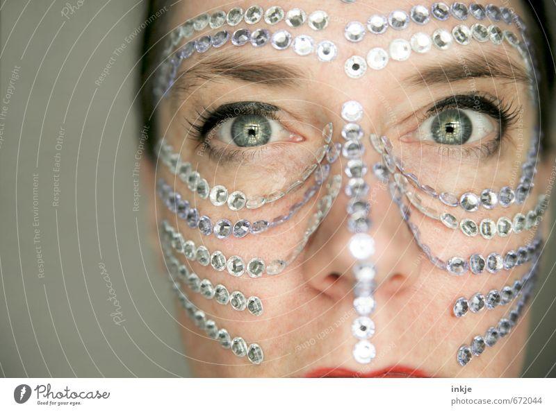 being precious Mensch Frau schön Gesicht Erwachsene Auge Leben Gefühle feminin Stil außergewöhnlich Linie glänzend elegant Lifestyle Dekoration & Verzierung