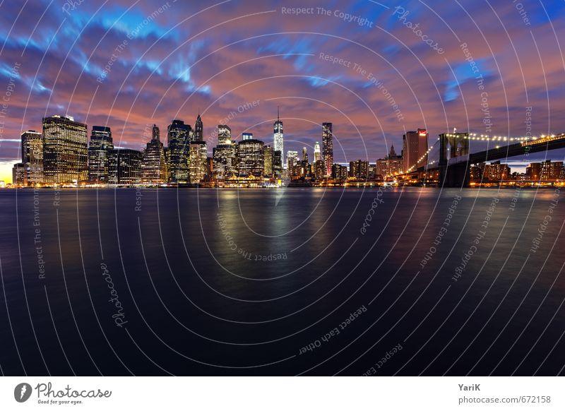 NY Himmel Ferien & Urlaub & Reisen blau Sommer Ferne Beleuchtung Freiheit modern Hochhaus Tourismus Fluss USA Flussufer Skyline Abenddämmerung Stadtzentrum