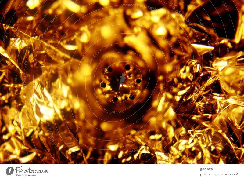 Goldrausch Goldbarren Herrlichkeit glänzend abstrakt Chrom Nest Salzstreuer Aluminium Haushalt Makroaufnahme Reflexion & Spiegelung schimmern Strahlung