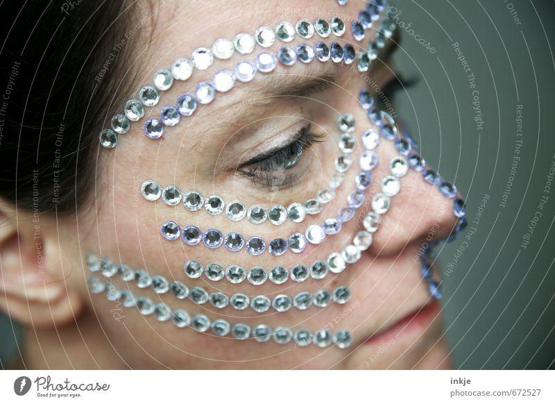 being precious Mensch Frau schön Gesicht Erwachsene Leben feminin Stil außergewöhnlich elegant Lifestyle Dekoration & Verzierung Kreativität einzigartig Maske Schmuck