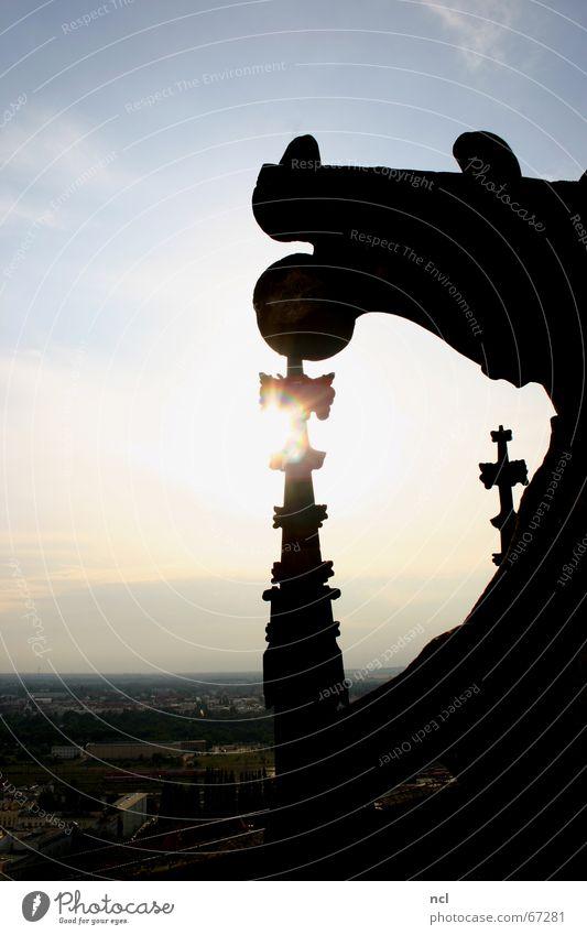Magdeburger Dom Himmel Sonne Stadt Wolken Ferne Religion & Glaube Architektur Horizont Romantik Niveau Aussicht Dach Turm Dekoration & Verzierung Spitze Abenddämmerung