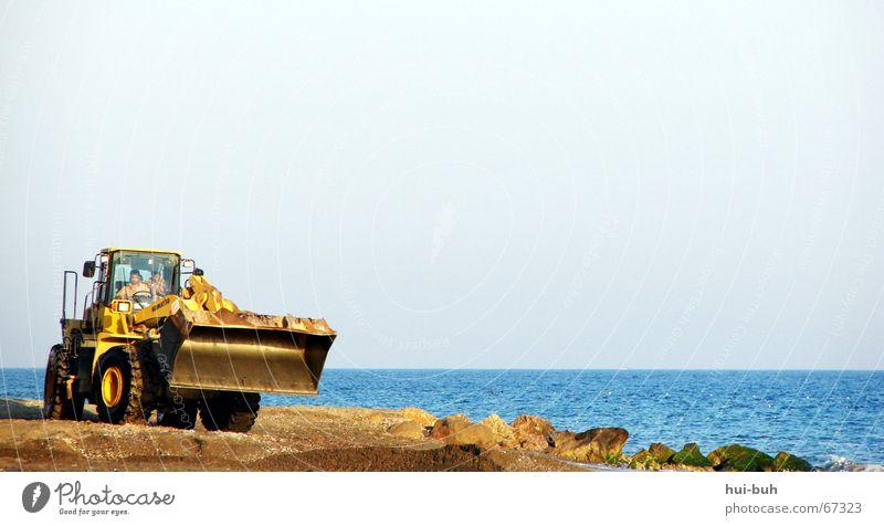 papa, ich will bagga fahrn ! Himmel Meer Strand Arbeit & Erwerbstätigkeit Sand Luft frei Flasche anstrengen Mallorca Bagger Schaufel angenehm Schweiß beseitigen