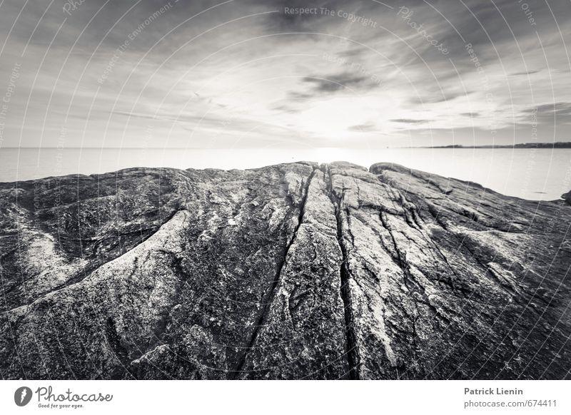 Urgestein Himmel Natur Wasser Sonne Meer Einsamkeit Landschaft Wolken Umwelt Küste Freiheit Felsen Horizont Freizeit & Hobby Schönes Wetter Urelemente