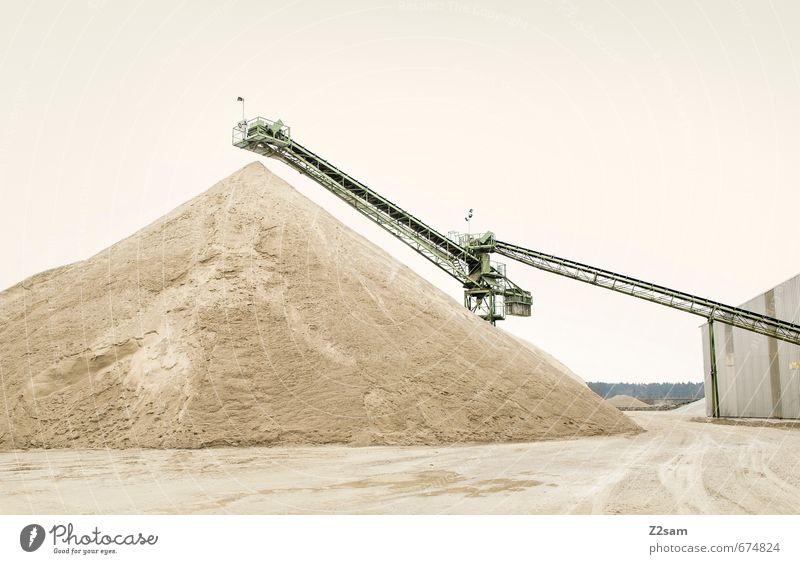 Industrieromantik 4 Technik & Technologie Energiewirtschaft Energiekrise Erde Sand Industrieanlage Fabrik Kran Förderband eckig gigantisch Stadt weich Ordnung