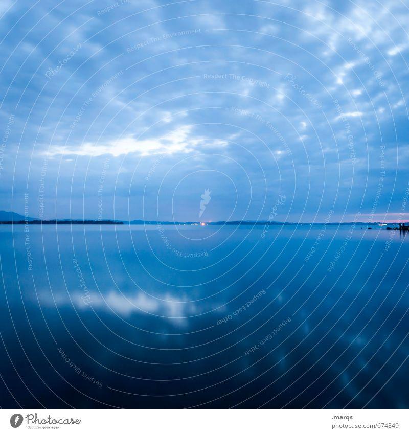 Spiegel Ausflug Umwelt Natur Landschaft Himmel Wolken Horizont Sommer See kalt blau Stimmung Farbe Farbfoto Außenaufnahme Menschenleer Textfreiraum oben