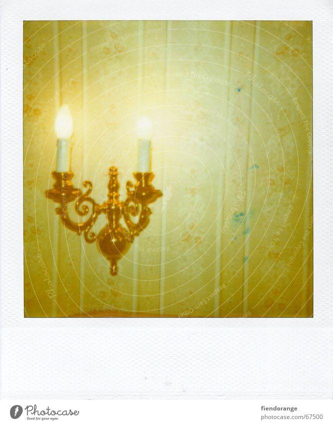 wandromantik Lampe Stimmung Raum gold Kerze Romantik Hotel Tapete Biedermeier