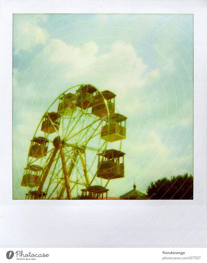 fun fair 3 Ferien & Urlaub & Reisen Sommer Freude Wolken Freizeit & Hobby Riesenrad Unbekümmertheit Wochenende Vergnügungspark