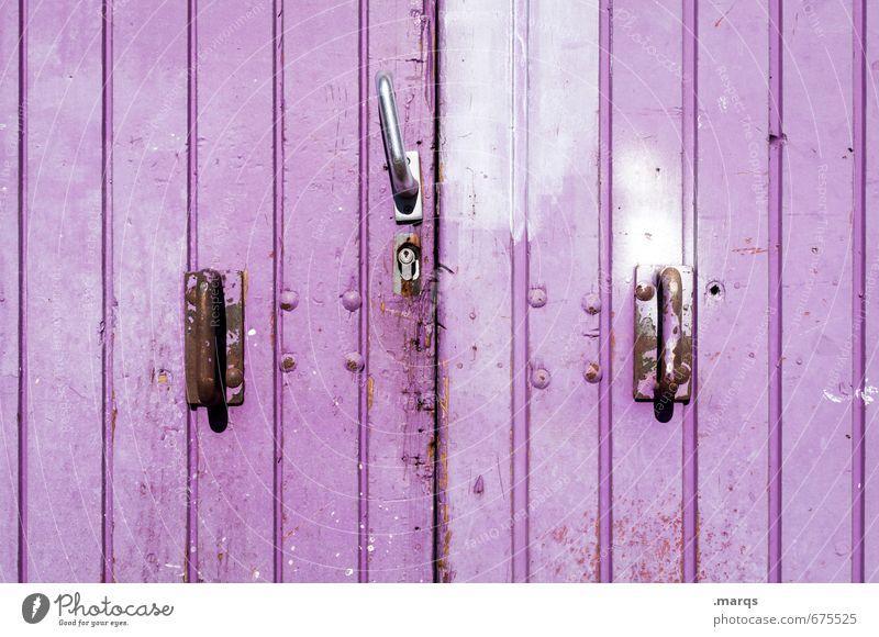 Tor Tür Türschloss Hebel Linie alt einfach violett Farbe Sicherheit geschlossen Farbfoto Außenaufnahme Nahaufnahme Strukturen & Formen Menschenleer