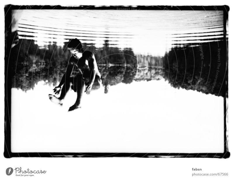 EINMAL HIMMEL UND ZURÜCK BITTE Himmel Wasser Sommer schwarz springen See Schwimmen & Baden Geschwindigkeit trist Sonnenbad Schweben falsch kahl Salto Abwasserkanal Wasserwirbel