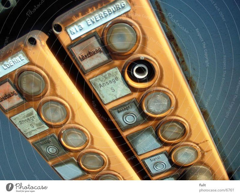 Buttons Knöpfe gelb Elektrisches Gerät Technik & Technologie Taster Statue Elektronik Schalter