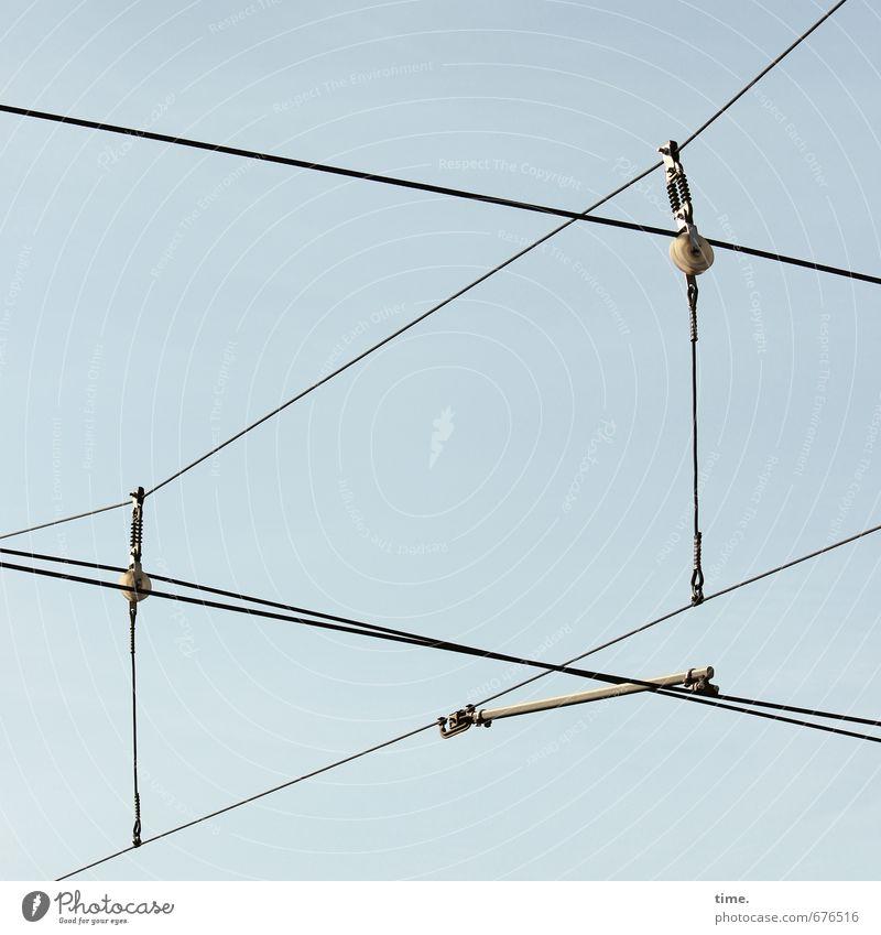 Leitungsebene (II) Himmel Linie Metall Design Verkehr Energiewirtschaft Kommunizieren Technik & Technologie Kabel Güterverkehr & Logistik Netzwerk Kunststoff