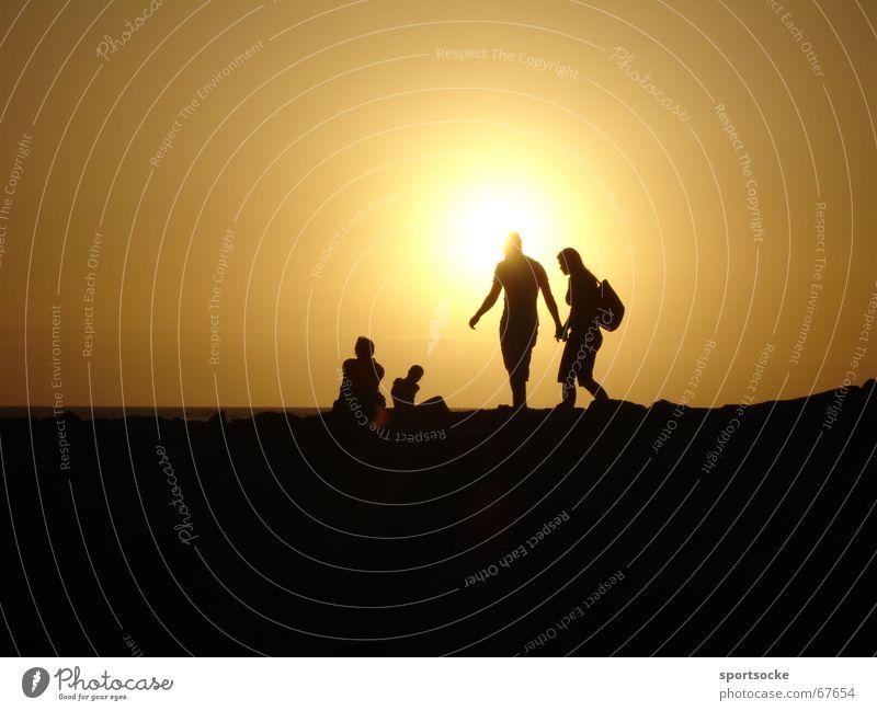 Teneriffa bei Nacht Kanaren Lichtspiel Silhouette Sonne Abend Schatten