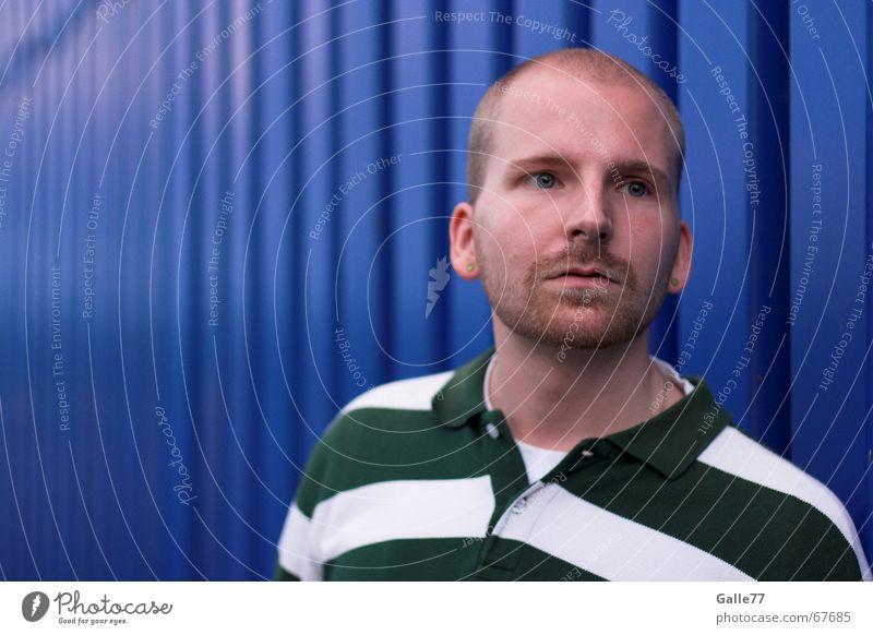 Roodini 1 Mann blau Gesicht Auge Mund Nase beobachten Porträt Hemd Container gestreift