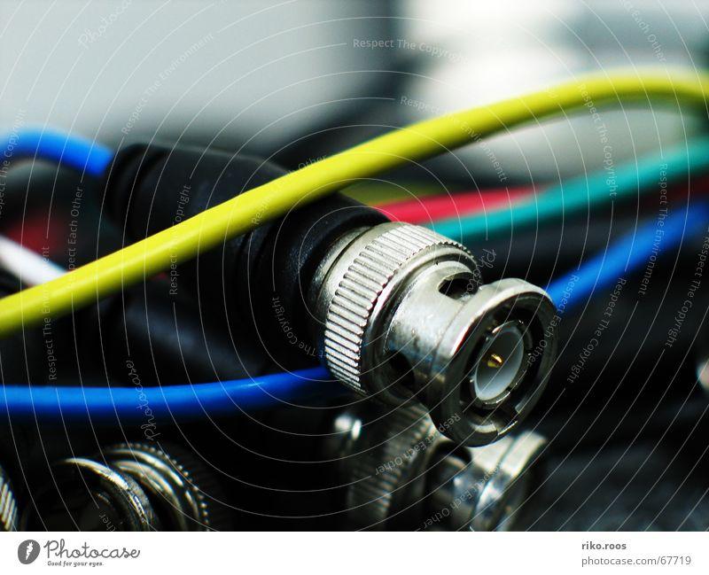 BNC Salat Netzwerkstecker technisch Elektrisches Gerät Video Kabelsalat durcheinander Technik & Technologie Elektronik komponenten