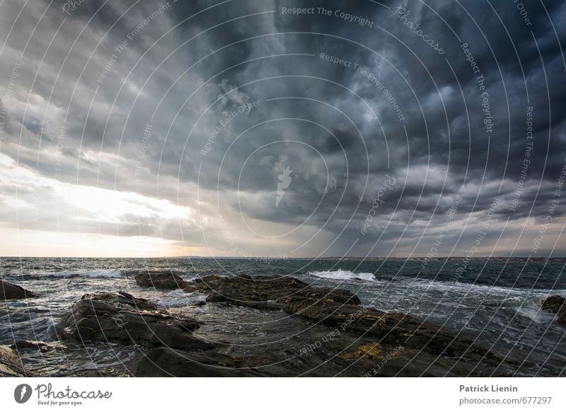 Hallelujah Umwelt Natur Landschaft Urelemente Wasser Wolken Gewitterwolken Klimawandel Wetter schlechtes Wetter Unwetter Wind Sturm Regen Wellen Küste Bucht