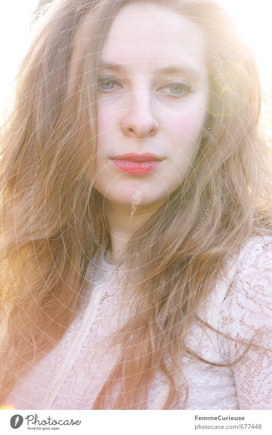 Endlich Frühling (II). elegant schön feminin Mädchen Junge Frau Jugendliche Erwachsene 1 Mensch 18-30 Jahre Elfe Fee Engelskostüm blond Spitze Lippenstift