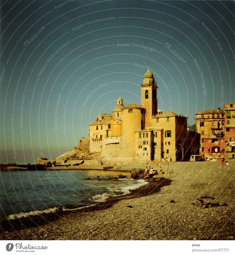 irgendwo in Italien... Wasser Himmel Meer blau Stadt Sommer Strand Ferien & Urlaub & Reisen Sand Religion & Glaube Wellen Küste Mitte Bucht