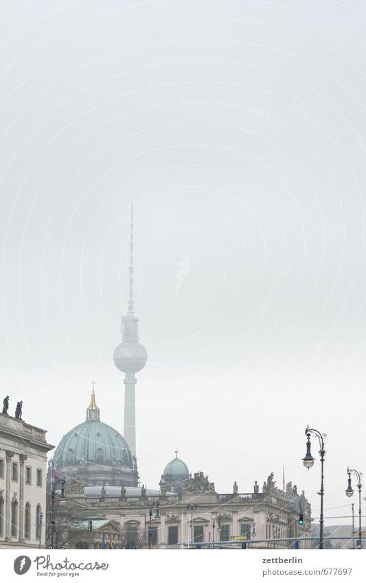 Textfreiraum mit Fernsehturm wallroth Berlin Deutschland Hauptstadt Berliner Fernsehturm Alexanderplatz alex Dom Religion & Glaube Kirche