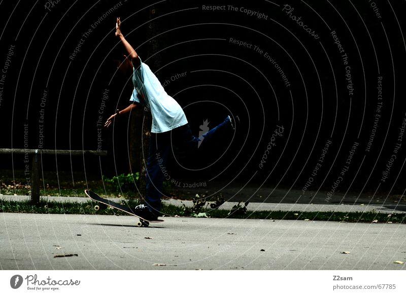 Onefoot Tailwhellie Skateboarding Stil Zufriedenheit fahren Sport Parkdeck onefoot Rolle roll Funsport