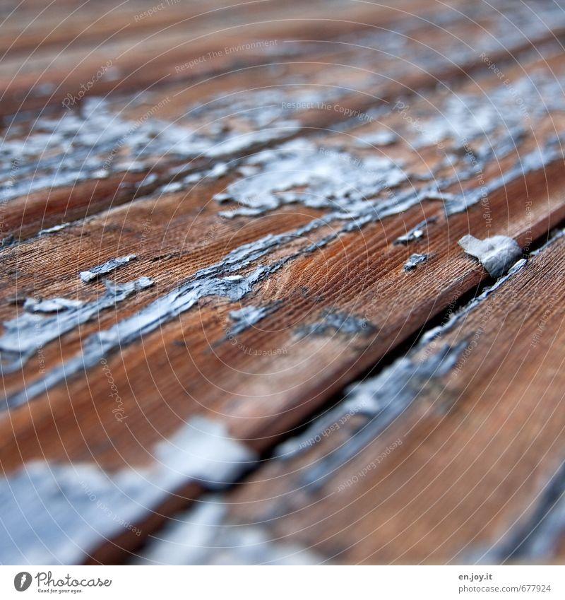 schutzlos blau alt Farbe Senior Holz braun Fassade kaputt Vergänglichkeit streichen Vergangenheit Verfall Handwerk Holzbrett Zerstörung abblättern