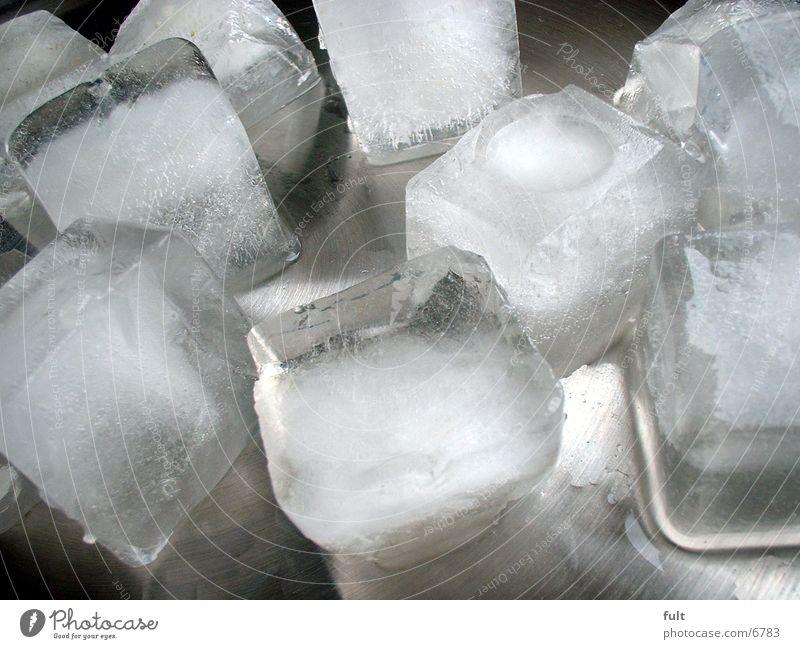 Eiswürfel Wasser Ernährung kalt Eis Metall Eiswürfel