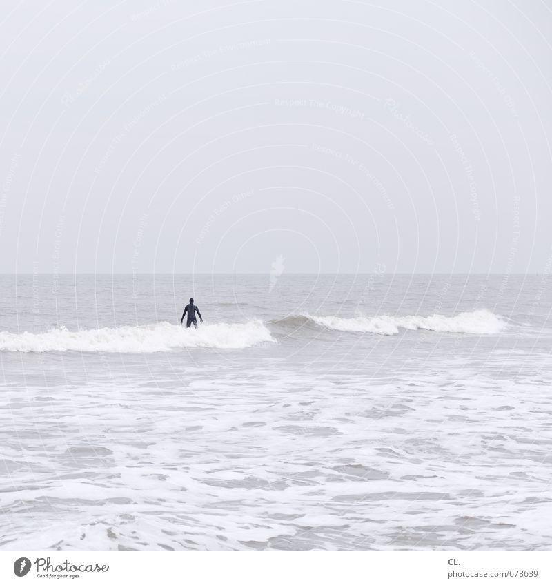 der mann aus dem meer Mensch Himmel Natur Ferien & Urlaub & Reisen Wasser Meer Landschaft Wolken Ferne Umwelt Sport Küste Schwimmen & Baden Freiheit Kraft