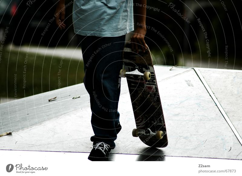 the way to spot Sport Wege & Pfade glänzend gehen laufen Pause Skateboarding tragen schreiten Funsport Parkdeck Rampe