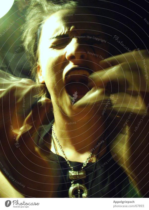 Der Schrei Mensch Mann Hand Jugendliche dunkel Kopf schreien Verzerrung