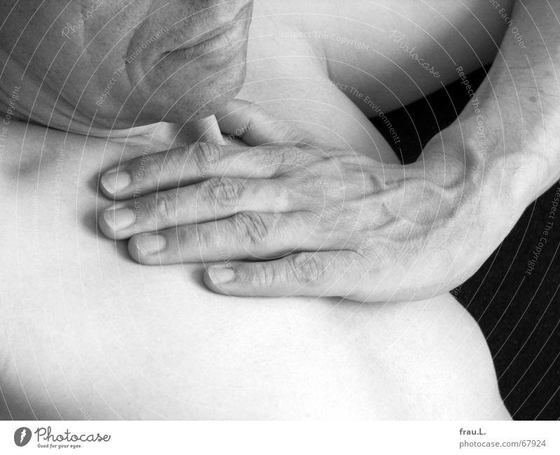 Mund, Hand, Brust Mann Oberkörper Trauer ernst nackt Lippen ruhig flau Senior alt Fünfziger Jahre Mensch Müdigkeit Traurigkeit Falte Gefäße Körper