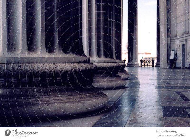 vittorio alt kalt Kunst fantastisch Denkmal Säule Rom antik