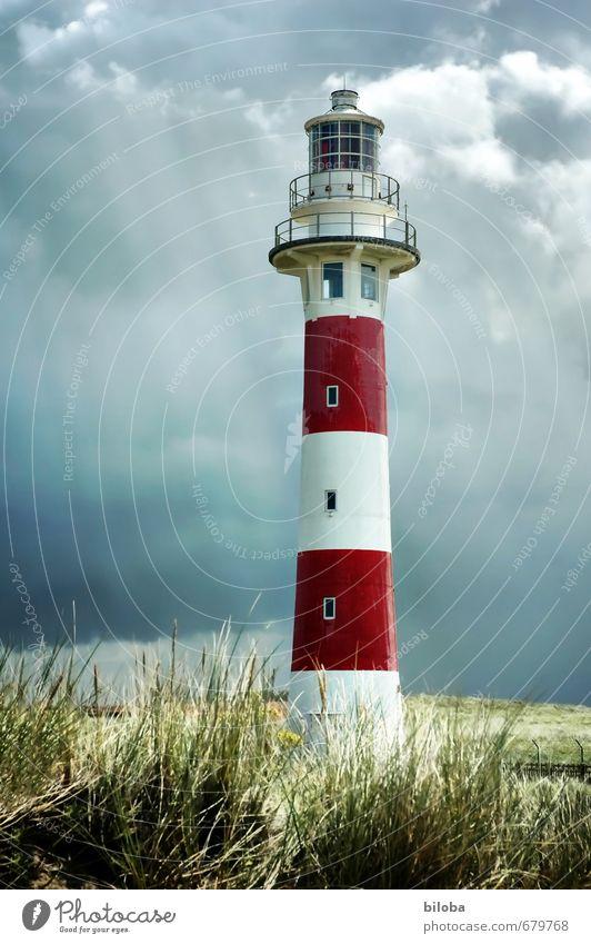 Leuchtturm weiß rot Architektur Gebäude Wasserfahrzeug Bauwerk Unwetter Nordsee Wahrzeichen Sehenswürdigkeit Gewitter Navigation Orientierung Gewitterwolken HDR