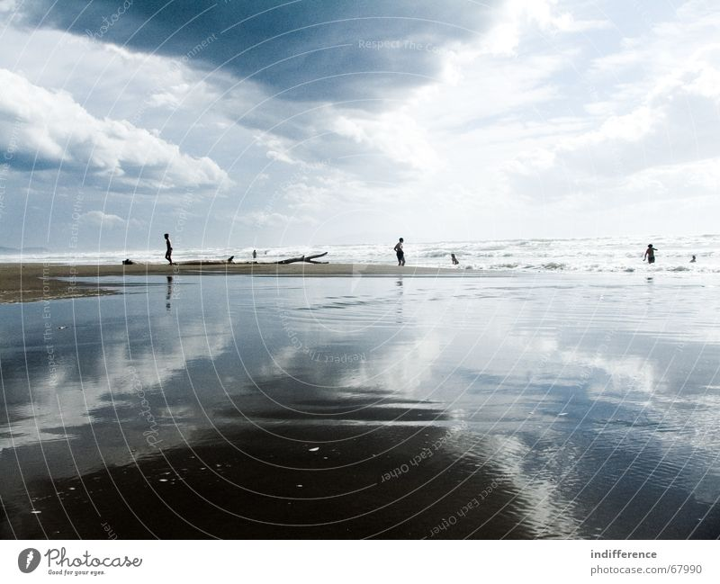 clouds and water reflection 2 Mensch Himmel Sommer Strand Sand