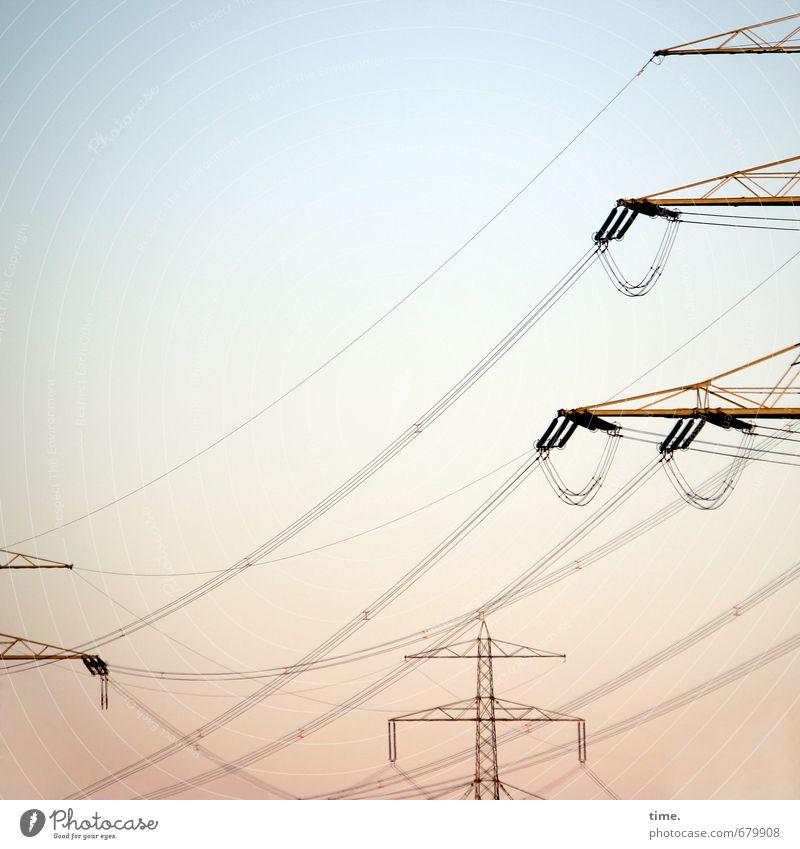 vermessen Technik & Technologie Fortschritt Zukunft Informationstechnologie Energiewirtschaft Hochspannungsleitung Strommast Elektrizität Stromtransport Himmel
