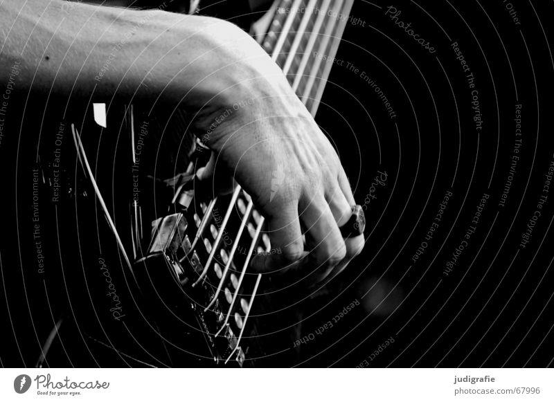 Musik 2 Mann Hand schwarz Linie Kreis Konzert Gitarre Klang Musikinstrument Saite Rhythmus Elektrobass Elektrogitarre Saiteninstrumente