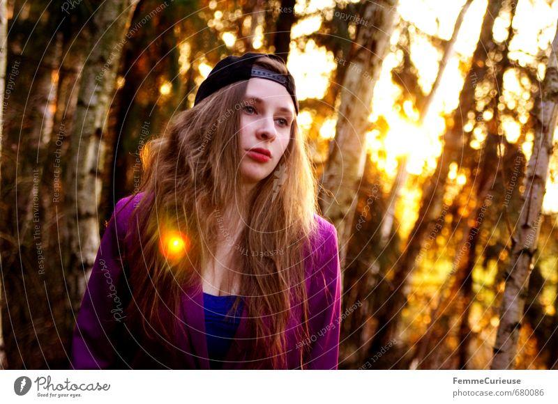 Frühlingserwachen im Wald (VII). Lifestyle elegant Stil schön Schminke feminin Junge Frau Jugendliche Erwachsene 1 Mensch 13-18 Jahre Kind 18-30 Jahre Mode
