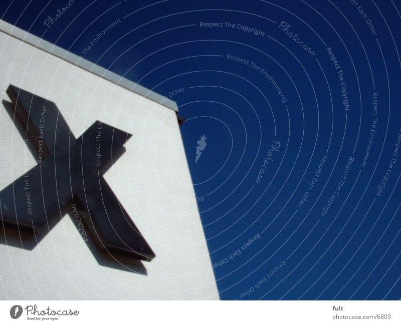 grosses X schwarz groß Buchstaben Dinge dick