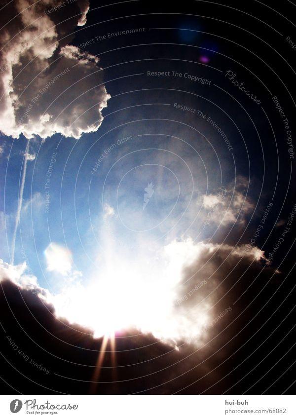 und: es werde licht ! Himmel weiß Sonne Wolken gehen extrem Wolkenloch