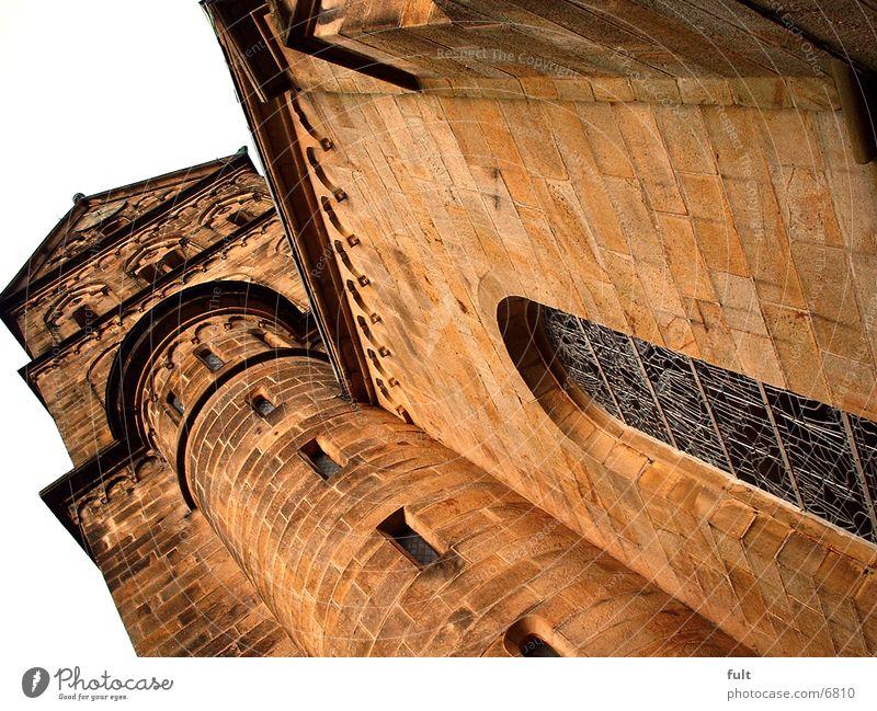 Kirche Gotteshäuser Kirchturm Sandstein