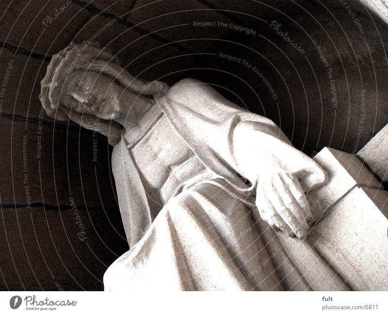 Statue Mann Stuhl Sandstein Mensch