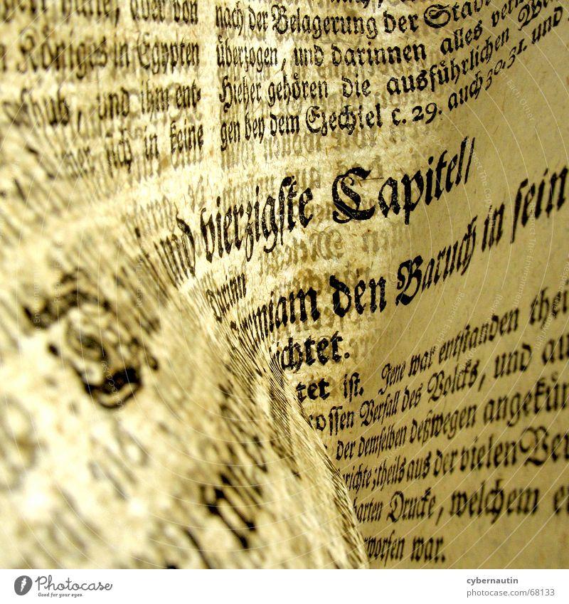 Typografie alt Papier lesen Schriftzeichen Buchstaben Seite Typographie Bruch